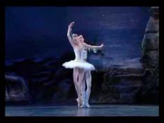 ΒΙΚΥ ΛΕΑΝΔΡΟΣ - Ζω για να σ' αγαπώ Music Express, Greek Music, Old And New, Ballet Shoes, Dance, Youtube, Ballet Flats, Dancing, Ballet Heels