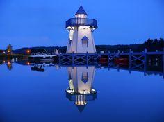 Le phare du Lac de l'Ailette, au Center Parcs de l'Aisne