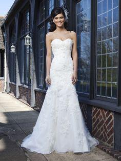 Brautkleider im gehobenen Preissegment | miss solution Bildergalerie - 3731 by SINCERITY