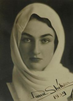 Princess Durri-Chechvar Sultane    Princess and daughter of Caliph Abdulmecid II  (born May 30, 1868, Constantinople, Ottoman Empire [now Istanbul, Tur.]—died Aug. 23, 1944, Paris, Fr.), was the last caliph and crown prince of the Ottoman dynasty of Turkey.