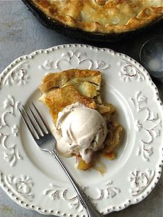 Apple pie and homemade cinnamon ice cream