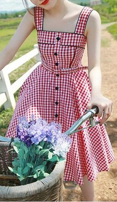 Sweet Square Neck Tiny Red Plaid Printed Flare Midi Dress For Women Vintage Dresses Vestidos Vintage, Vintage 1950s Dresses, Retro Dress, Vintage Outfits, Retro Mode, Mode Vintage, Vintage Lace, Pretty Dresses, Beautiful Dresses