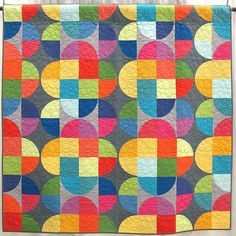 Capsule by Jen Carlton Bailly. Quilted by Nancy Stovall. Drunkards Path Quilt, Sew Kind Of Wonderful, Circle Quilts, Quilt Modernen, Quilt Stitching, Patch Quilt, Scrappy Quilts, Machine Quilting, Quilting Designs