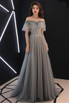 Gray Tulle Sweetheart Long Formal Prom Dress With Applique from Girlsprom - Long prom dresses Pretty Dresses, Sexy Dresses, Beautiful Dresses, Fashion Dresses, Prom Dresses, Formal Dresses, Dress Prom, Gray Formal Dress, Bridesmaid Gowns