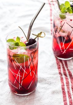Sweet Cherry Mojitos by Jelly Toast #cocktailfriday