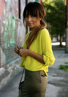Loving the combo of chartreuse and olive green by jean