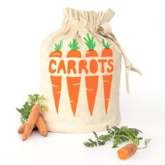 Carrots Harvest Haversack. A handmade reusable bag, keeps your apples fresher longer. An environmentally friendly alternative for storing fresh produce & carrying from your local green grocers. All natural unbleached sustainably sourced 45% organic cotton 55% hemp cloth and non-toxic water-based inks. Handmade in Melbourne, by designer Katie Geppert. • See more at The Big Design Market on 6/7/8 December 2013 – Royal Exhibition Building, Melbourne. www.thebigdesignmarket.com