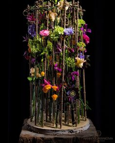 Handler to view a an album or photo Modern Floral Arrangements, Flower Arrangement Designs, Vase Arrangements, Beautiful Flower Arrangements, Flower Designs, Beautiful Flowers, Art Floral, Floral Artwork, Floral Flowers