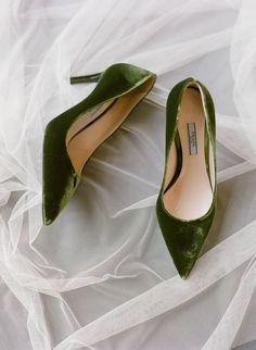 Green velvet Prada wedding shoes #WeddingShoes