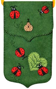 Lumenaris | Products | Felt | Ladybug Purses