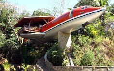 """Airplane bungalow"" from strange houses and weird homes"