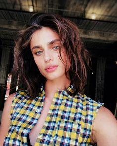 Picture of Taylor Marie Hill Taylor Marie Hill, Kelly Carlson, Chocolate Hair, Barbara Palvin, Beautiful Models, Girl Photos, Pretty Woman, Supermodels, Wigs
