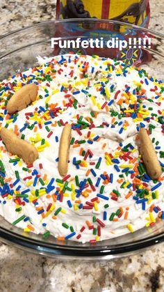 Hold the Gluten Please: Dunkaroo dip #funfetti #funfetticake #dunkaroo #dunkaroos #coolwhip