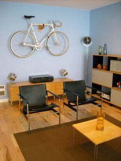 Indoor Bike Storage, Modern Interior Decorating with a Bike Bike Storage Modern, Indoor Bike Storage, Bicycle Storage, Bike Storage Apartment, Velo Retro, Range Velo, Bike Storage Solutions, Bicycle Decor, Bicycle Design