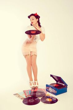 ...Vinyl Lover - Pin Up! ;p