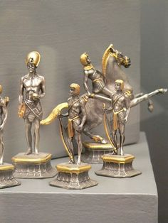 Romans vs Eygptians Silvered and Gilded Bronze Chess Set Italy 20th century 2