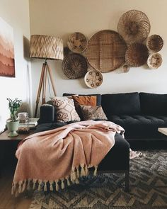 Bloomsbury Home Decor Bohemian House Decor Bloomsbury Decor Home living room decor Home Interior, Interior Design Living Room, Living Room Designs, Interior Plants, Interior Livingroom, Interior Ideas, Boho Living Room, Bohemian Living, Earthy Living Room