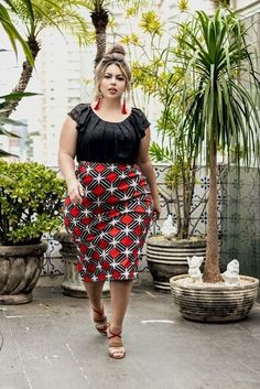 Read Detail information about plus size clothing and plus size fashion for womens. And you will get of images related to plus size fashion on this website. Look Plus Size, Plus Size Girls, Plus Size Model, Plus Size Dresses, Plus Size Outfits, Curvy Girl Fashion, Plus Fashion, Fashion Art, Fashion Ideas