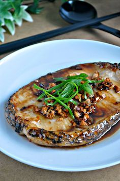 GRILLED COD FISH IN GARLIC CRISPS & OYSTER SAUCE
