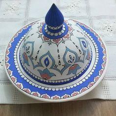 Fotoğraf açıklaması yok. Ceramic Bowls, Stoneware, Mermaid Mugs, Turkish Tiles, Pottery Mugs, Cute Mugs, Tile Art, Handmade Pottery, Dog Lover Gifts