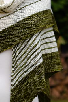 Stripe Study Shawl by Veera Välimäki malabrigo Arroyo in Chircas and Natural
