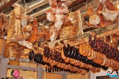 Portuguese Sausages from  Montalegre Sausage Festival,  Porto and North of Portugal    http://www.cm-montalegre.pt/cache/d/d4/d4b/d4b6/www.cm-montalegre.pt__srcd4b69103a86492cb7af0369fe82377f5_par4d561afb93392aae9100b9e68fc686b4_dat1359040524.jpeg