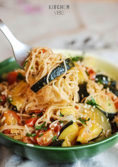 Print Recipe Omelets with zucchini Prep minsCook minsTotal mins Course: PlaceCuisine: Healthy and gourmet meal idea, Healthy eatingKeyword: Easy cooking, Place, Vegetables Servings: 6 Calories: Clove C. Easy Cooking, Healthy Cooking, Healthy Eating, Cooking Recipes, Food Porn, Vegetarian Recipes, Healthy Recipes, Healthy Foods, Pasta Dishes