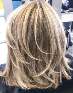 60 Fun and Flattering Medium Hairstyles for Women : One-Length Medium Cut with Feathered Layers Medium Cut, Medium Hair Cuts, Medium Hair Styles, Curly Hair Styles, Medium Layered Haircuts, Bob Hairstyles For Thick, Braided Hairstyles, Fun Hairstyles, Casual Hairstyles