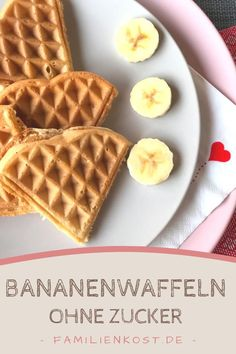 Banana wafers without sugar for babies and children - Banana wafers without sugar – sugar-free recipe for babies, children and adults, the ideal family - Sugar Free Recipes, Baby Food Recipes, Vegan Recipes, Food Baby, Backen Baby, Waffel Vegan, Food Dog, Banana Waffles, Baby Snacks