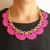 Necklace in chain/ Collar en cadena