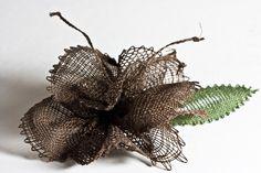 flores - Sylvie Harmand - Álbumes web de Picasa Web Gallery, Bobbin Lace, Wreaths, Fall, Pattern, Christmas Crochet Patterns, Picasa, Bobbin Lacemaking, Needlepoint