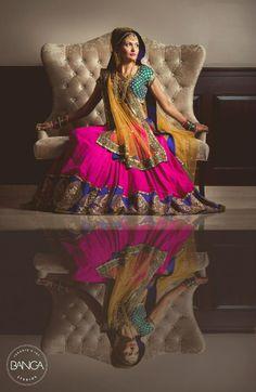 Beautiful Vibrant Bridal #Lehenga & #Photo by Banga Photography | www.ShaadiBelles.com #Desi
