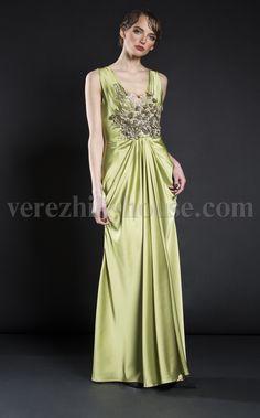 Платье Verezhik House Luxury  Цвет: зеленый Вечернее изысканное платье , модель выполнена из высококачественного материала. Сетка декорированная французским кружевом. Вы не останетесь незамеченной . Материал: 49%вискоза,35%шёлк,14%полиамид, 2%еластан.