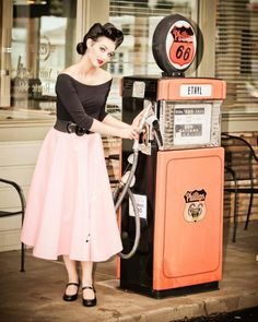 Pin-up Style | Sarah Vega (Model) Photo by Marshall Meadows, meadows images