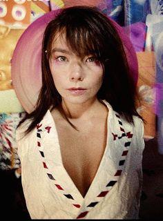 "Björk by Stéphane Sednaoui; outtakes from the cover shoot for ""Post"" album April 1995 💞🌼💞 Bjork, Post Punk, Art Model, Interesting Faces, Female Singers, Beauty Art, Music Stuff, People Like, Boyfriends"