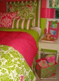Pink & green dorm.  Omg I want.