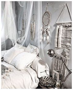 Don't wake the dreamer Small Room Bedroom, Home Bedroom, Bedroom Decor, Bohemian Room, Boho, Home And Deco, My New Room, Beautiful Bedrooms, Interior Design Living Room