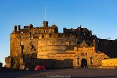 https://flic.kr/p/S8Ww7E | Edinburgh 05 Jan 2017-0038.jpg | Anyone for coffee? Edinburgh Castle.   Please see my other Photographs at: www.jamespdeans.co.uk