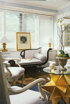 Designer Charles Spada's home in Boston. LOVE. Classic with that pop of modern thrown in.