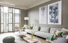 Fantastic modern farmhouse living room are offered on our web pages. Have a look and you will not be sorry you did. Beige Living Rooms, Home Living Room, Living Room Decor, Dark Green Walls, Modern Furniture, Interior Design, Decoration, Home Decor, Modern Farmhouse