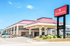 Ramada Pueblo Hotel Pueblo (Colorado) Located off Interstate 25 just 4.3 miles from the Pueblo Convention Center, this hotel offers guest rooms with free Wi-Fi. A full hot breakfast buffet is served daily.
