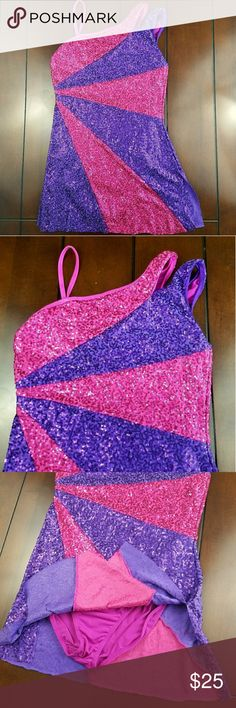 Weissman Style 6324 Sequin Dancewear Leotard Weissman Style 6324 Sequin Dancewear Leotard available Preloved in size Adult medium. Great costume for dance and other performances. Body 85% polyester 15% spandex leotard 92% polyester 8% spandex Purple/Pink Weissman Other