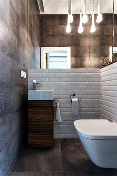 Szara łazienka z betonową ścianą - Segment w Kwirynowie TISSU Architecture