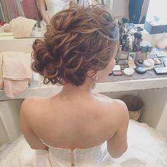 綺麗めなアップスタイルも✨ ・ #ブーケ  #プレ花嫁 #卒花 #ウェディングドレス #ブライダルヘア #ブライダルヘアメイク #WD  #CD