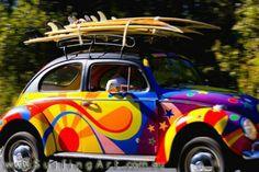 Hippie Volkswagen and surf boards . Volkswagen Bus, Vw T1, Volkswagen Thing, Wolkswagen Van, Van Vw, Carros Vw, Vw Caravan, Combi Wv, Vw Beach