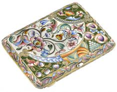 Dated back to 1896 this silver and enamel cigarette case showcases a bordered floral pattern and features an assay mark of Moscow. Cigarette Case, Antique Boxes, Enamels, Art Inspo, Clutches, Cases, Handbags, Jewellery, Tea