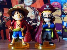 Gol D. Roger y Monkey D. Luffy un pack de 2 figuras de edicción limitada from Korapan World in España - Pack de dos figuras de One Piece. En este Pack puedes encontrar al Rey  de los piratas y el futuro Rey de los Piratas en su versión más  simpatica y divertida que te puedes encontrar. Ambas figuras de acción  estan en su versión Chibi y vienen desde Japón.