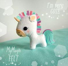 Moldes o patrones gratis para hacer peluche forma caballo, pony o unicornio con fieltro.