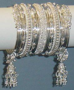 Ethnic Jewelry, Indian Jewelry, Silver Jewelry, Fancy Jewellery, Girls Jewelry, Jewelry Photography, Bangle Bracelets, Jewelry Design, Jewels
