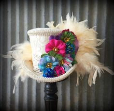 Rainbow bohemian Hat Alice in Wonderland Mini Top Hat Mad Alice In Wonderland Hat, Hat Crafts, Kentucky Derby Hats, Masquerade Masks, Flower Hats, Tie Dyed, Soaps, Paper Flowers, Tea Party